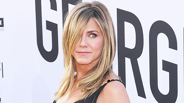 Jennifer Aniston's Hairstylist Reveals How To Maintain Color Between Visits This Summer — Tips